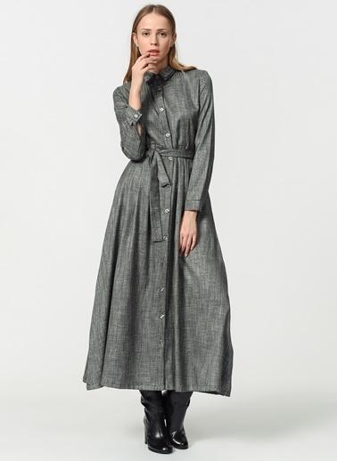 Mizalle Beli Kuşak Detaylı Elbise Gri